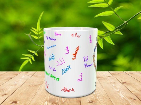 taza clase 4tA mod13 600x450 - Taza personalizada para profesores con los nombres de los alumnos y adorno corazón