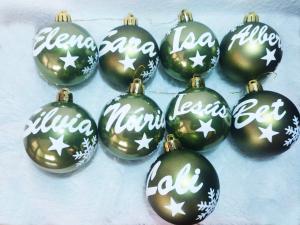 ejemplos bolas estrellas 300x225 - Bola de navidad personalizada con caja